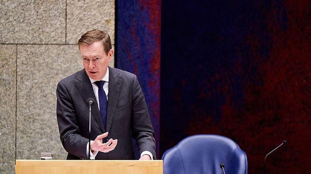 Usai Pingsan Saat Bahas Corona di Parlemen, Menteri Belanda Mundur