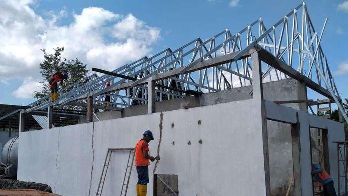 Proyek pembangunan Rumah Sakit khusus untuk pasien Corona dimulai. Lokasinya di Pulau Galang, Kota Batam