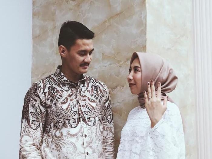 Muhammad Zoel Ikram Noer dan Elvina Chandra.
