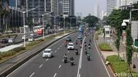 Bikers Tak Setuju Motor Kena Ganjil Genap, Angkutan Umum Sudah Siap?