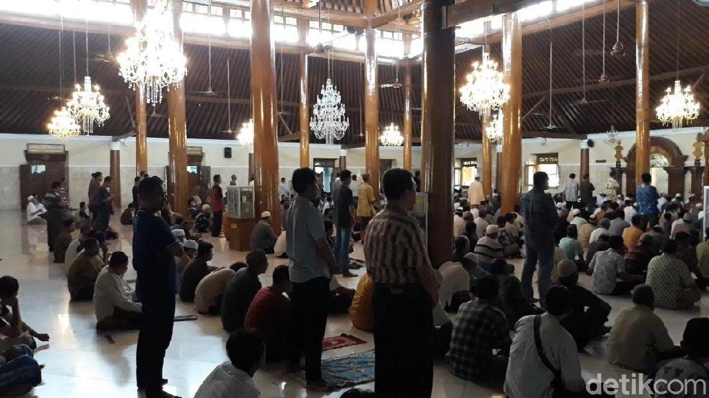 Masjid Agung Solo Belum Akan Gelar Salat Jumat Besok