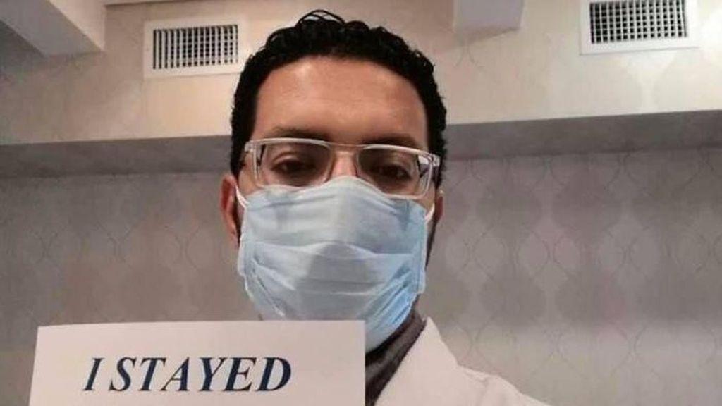 Potret Mengharukan Dokter dan Perawat Memohon Warga untuk Tetap di Rumah