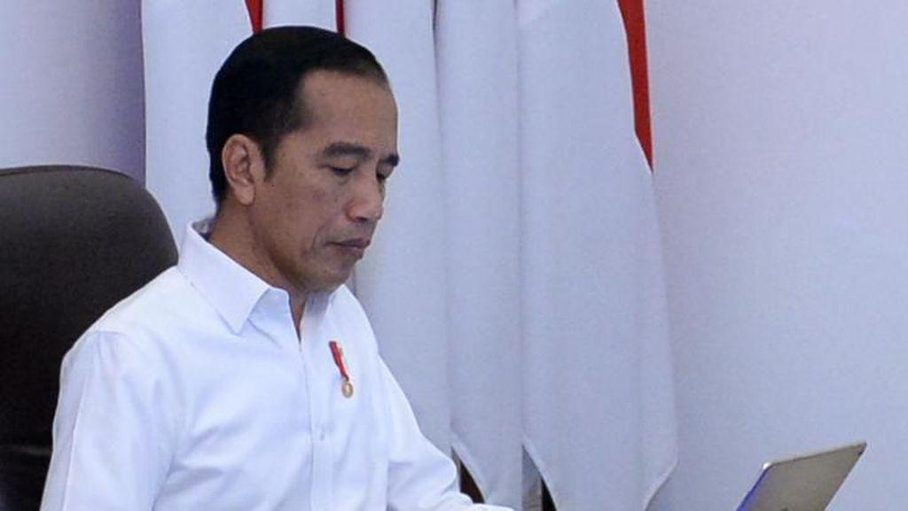 Jokowi Siapakan Bansos Khusus untuk 3,7 Juta KK di Jabodetabek