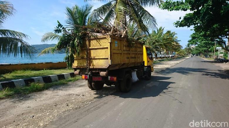 Kondisi Pantai Pangandaran pasca ditutup.