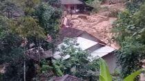 Longsor-Pergerakan Tanah Timbun dan Rusak Belasan Rumah di Cianjur