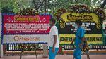 Jejeran Karangan Bunga untuk Tenaga Medis Pejuang Corona
