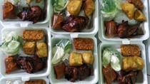 Gerakan Bagi Makanan Gratis Untuk Driver Ojol Bikin Netizen Terharu