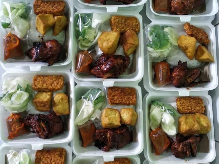 donasi makanan untuk driver ojol imbas corona