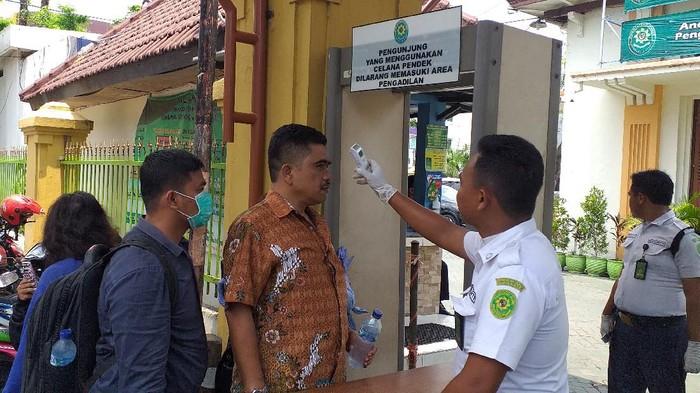 Pengadilan Negeri Surabaya Larang Keluarga Terdakwa Hadiri Sidang