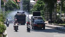 Cegah Corona di Ambon, Disinfektan Disemprotkan Pakai 2 Water Cannon
