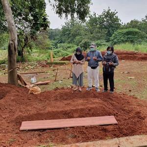 Pesan Wanita yang Ortunya Positif Virus Corona dan Dikuburkan Tanpa Pelayat