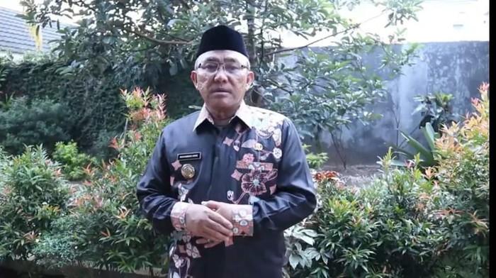 Wali Kota Depok M Idris Abdul Somad menjelaskan tentang penanganan COVID-19 di Kota Depok