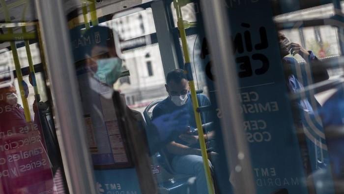Jumlah kematian akibat virus Corona di Spanyol terus bertambah menjadi 2.182 orang. Hari ini dalam 24 jam korban meninggal mencapai 462 orang.