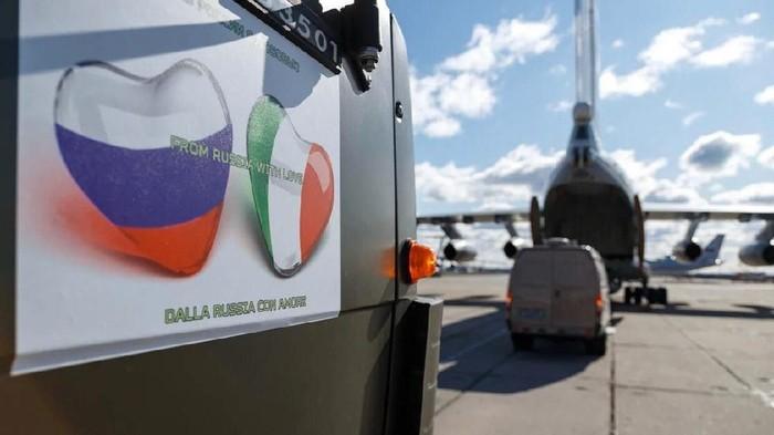Rusia kirim bantuan ke Italia lawan corona.