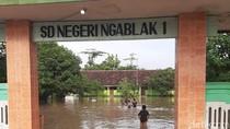 Puluhan Rumah di Kediri Banjir Diterjang Hujan Deras dan Tanggul Jebol