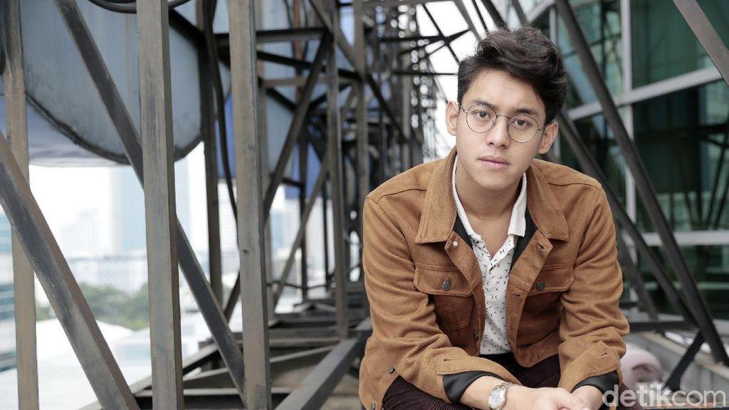 Ardhito Pramono Klarifikasi Terkait Penggunaan Lagunya di Acara TV Korsel