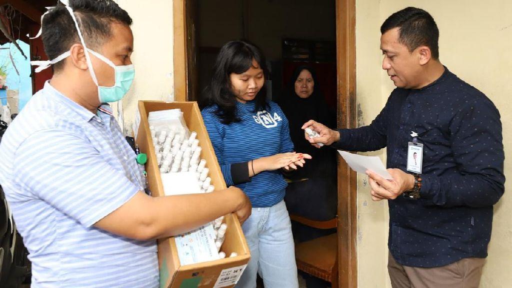 Lawan Corona, BRI Bagikan 200 Ribu Masker & 5000 Hand Sanitizer