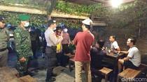 Warga Pacitan yang Begadang Rame-rame di Kafe Dibubarkan