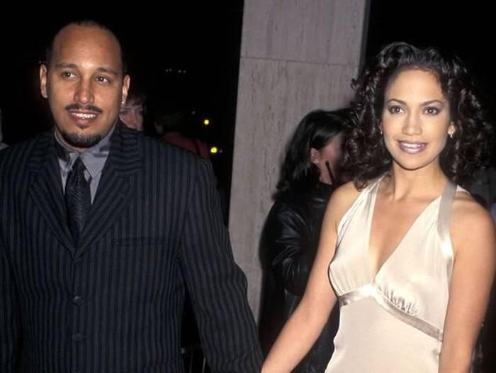 Jennifer Lopez dan Mantan Kekasih