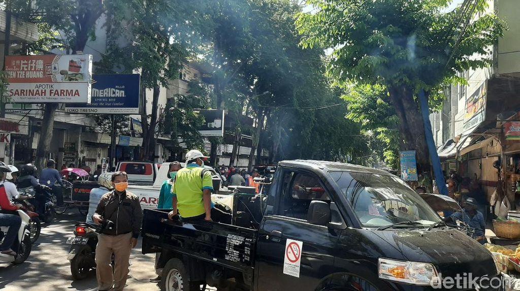 Tiga Pasar di Kota Probolinggo Disemprot Disinfektan