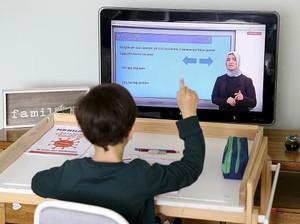 Yang Harus Dilakukan Saat Anak Sekolah Online Tapi Orangtua Kerja di Kantor
