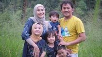 Anak Dapat Banyak Tugas Sekolah karena Corona, Zaskia Adya Mecca Stres