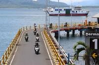 Sehari sebelumnya beberapa titik pintu masuk Bali seperti pelabuhan dan bandara juga sudah mulai ditutup.