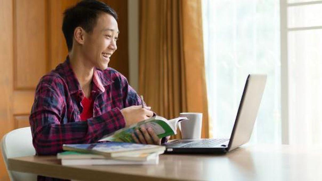 Bantuan Rp 1 Miliar Pulsa untuk Kuliah Online Mahasiswa Imbas Corona