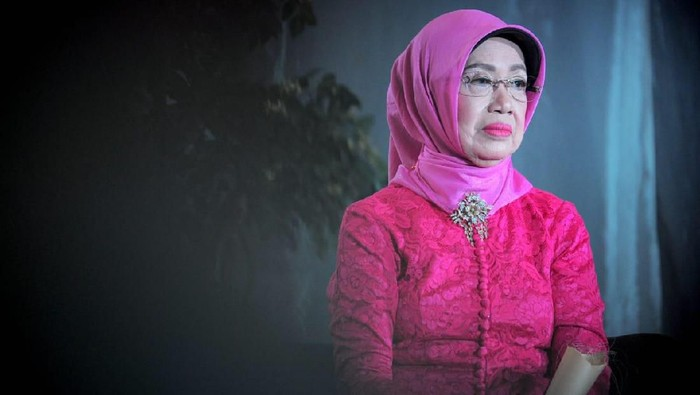 Ibunda Presiden Joko Widodo (Jokowi) Soedjiatmi Notomihardjo