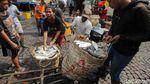 Geliat Pasar Ikan Pabean Surabaya di Tengah Pandemi Corona