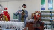 Pandemi Corona, Mahasiswa Unnes Produksi Hand Sanitizer dan Masker