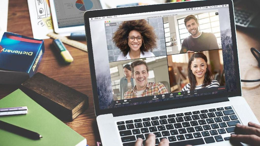 Gandeng Zoom, Smartfren Hadirkan Solusi Video Cenference Terpadu