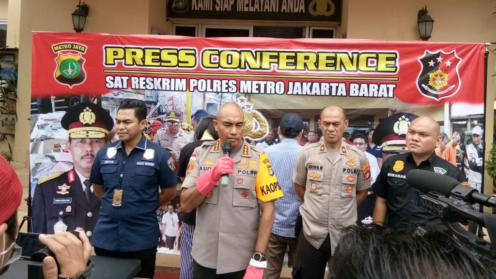 Polisi Tangkap 2 Penyebar Hoax Sekuriti Pingsan Gegara Corona di Jakbar