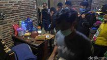 Densus Geledah Rumah Terduga Teroris di Batang