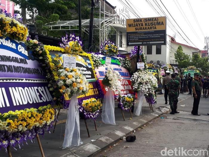 Suasana rumah duka ibunda Jokowi, Solo, Kamis (26/3/2020).