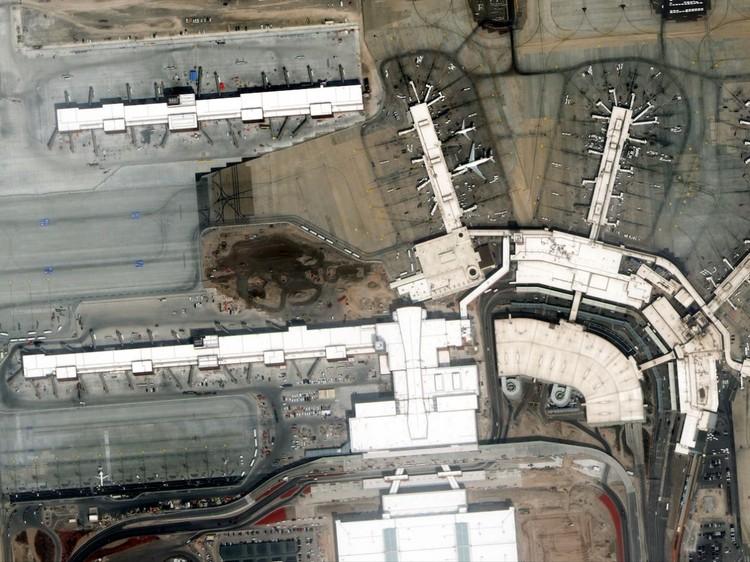 Foto Satelit Corona