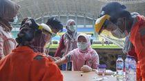 Momen 165 Tenaga Medis di Bekasi Jalani Rapid Test