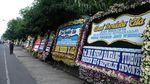 SBY Hingga JK Kirim Karangan Bunga untuk Ibunda Jokowi