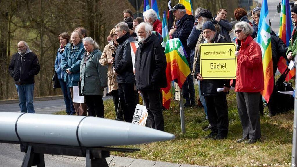 AS Bersiap Tingkatkan Kemampuan Senjata Nuklir Kontroversialnya di Jerman