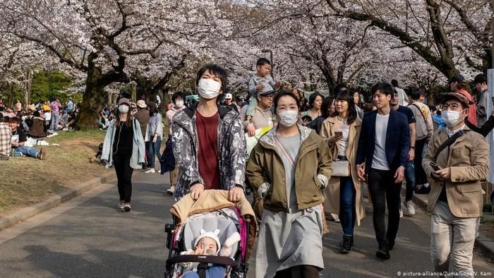 Negara Jepang Bagikan 14juta Rupiah Bagi Warga Yang Terkena Covid