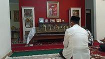 Melayat ke Solo, Eks Mentan Andi Kenang Pesan Menyentuh Ibunda Jokowi