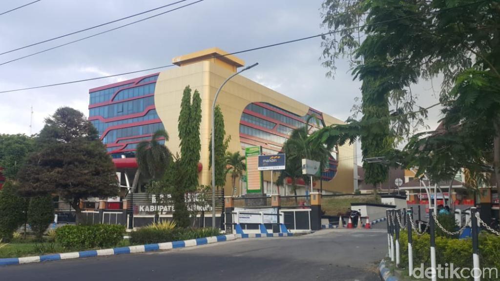 Pulang Reuni dari Jakarta, Perempuan Ini Diisolasi di RSUD Bangil