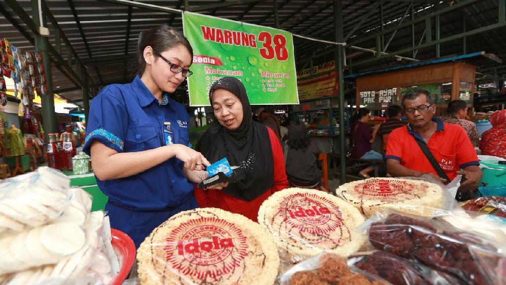 Jokowi Minta Bank Tunda Cicilan Kredit UMKM, Ini Respons BRI