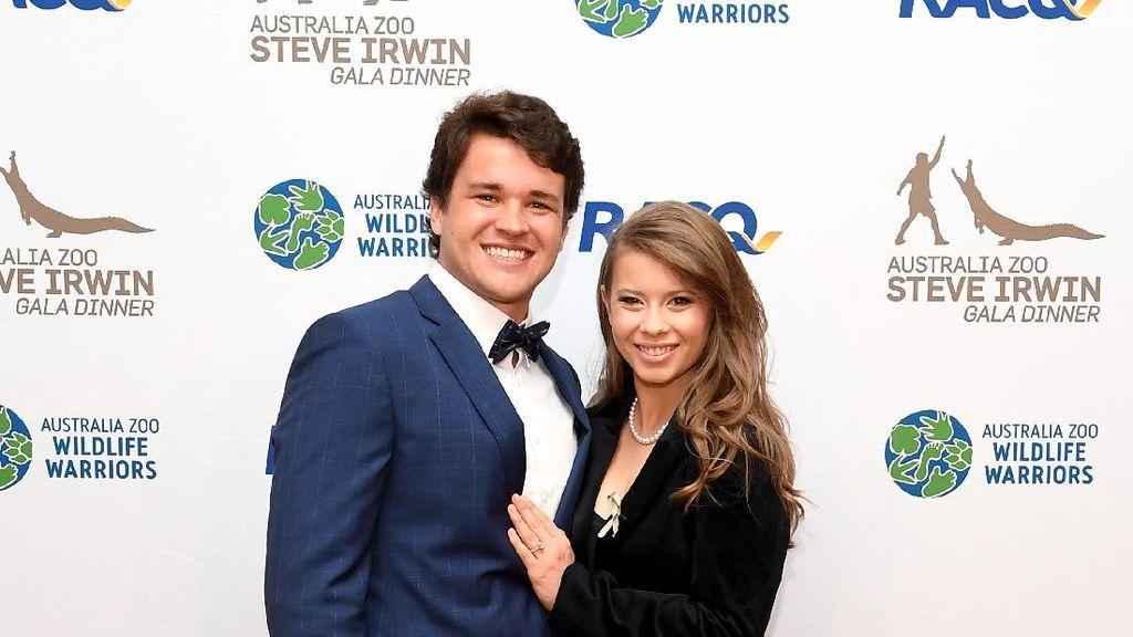 Pesona Bintang TV yang Menikah di Kebun Binatang Sebelum Australia Lockdown