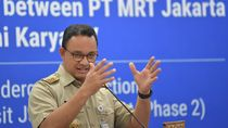 Anies Wajibkan Penumpang TransJ-MRT-LRT Pakai Masker Mulai 12 April