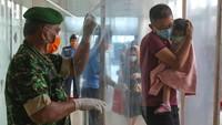 Dokter Paru Sebut Bilik Disinfektan Tak Membunuh Corona, Malah Bikin Batuk