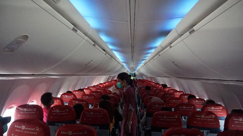 Physical Distancing Lion Air