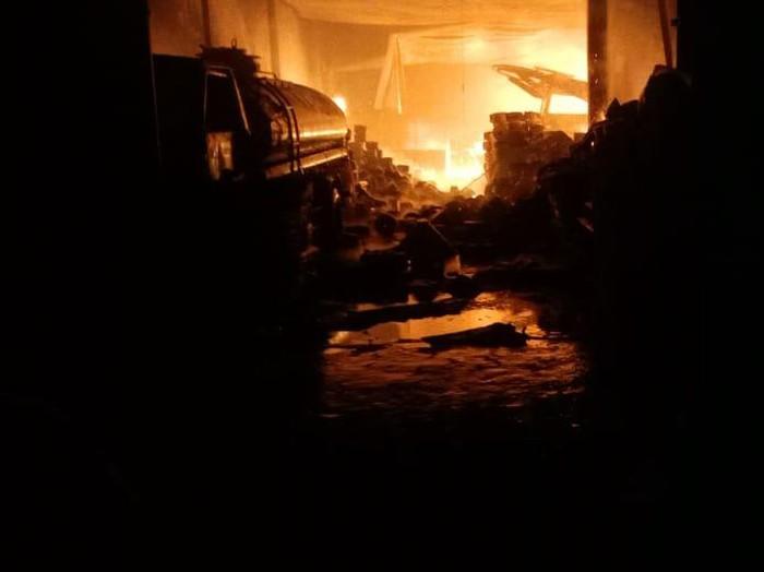 Kebakaran Pabrik Tekstil di Rancaekek Bandung