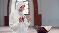 Doa untuk Kedua Orang Tua: Arab, Latin, dan Artinya