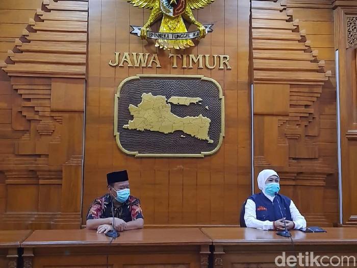 Wabah corona yang melanda Indonesia membuat perantau diimbau untuk tidak mudik Lebaran atau pulang mudik dadakan. Salah satu perantau yang diimbau tidak mudik ialah penjual pecel lele Lamongan.
